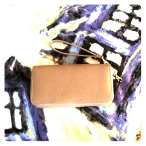 Handbags - Nude Clutch